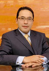 Cirujano plastco Dr Ernesto Barbosa