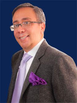 Dr_Gil_aislado-azul-p